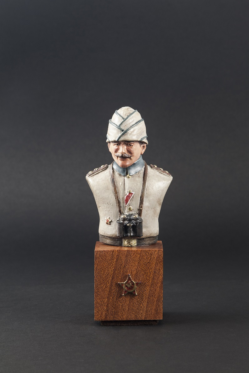 1/9 Canakklae Turkish Officer Bust, with Enveriye Hat
