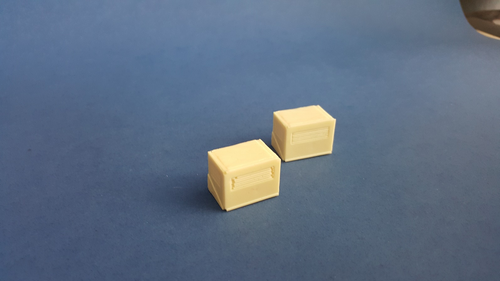 1/35 Building and Container Air Conditioner (2 pcs)